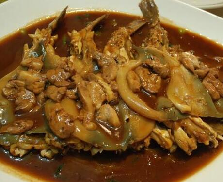 好吃又不贵的顶级美食红烧江水河豚烹制方法